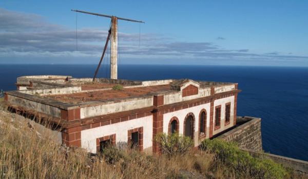 Promueven la declaración BIC del semáforo marítimo de Igueste
