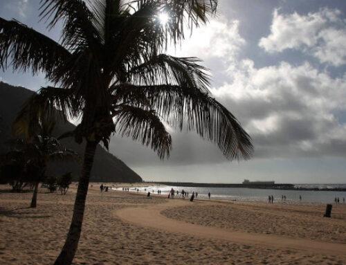 Comienzan las actuaciones integrales de limpieza en las playas de Anaga