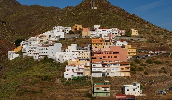 El Suculum dispondrá en un año de las vías de acceso a las viviendas de la zona alta
