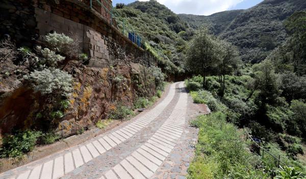 El Cabildo invierte 577.136 euros en la pista de Lomo de Los Dragos