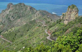 El Cabildo reanuda el 1 de mayo el transporte de mayores con acompañamiento en Anaga
